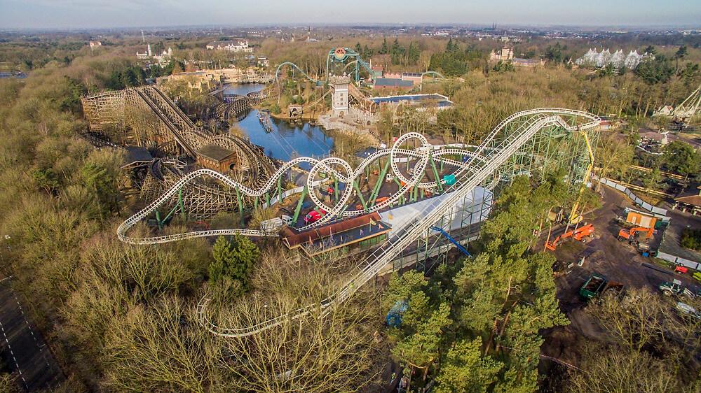 Achterbahn Python im Freizeitpark Efteling
