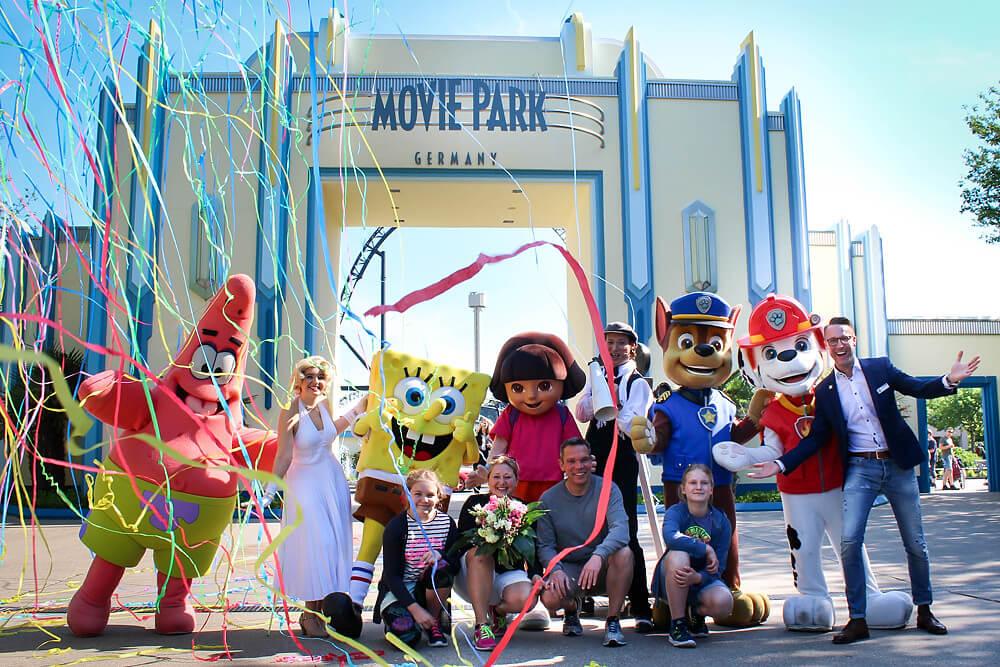 Movie Park Germany freut sich über 30 millionsten Besucher (Quelle: Movie Park Germany)