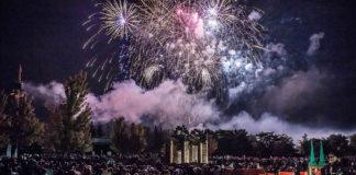 Feuerwerk zu den Langen Nächten im Legoland Deutschland